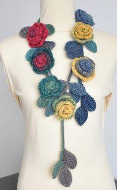 ROSA - rouge et vert - Crochet Roses multicolore écharpe Lariat Rouge Et  Vert, 3afb6d485d8