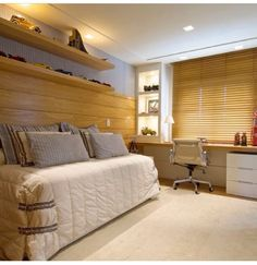 Encerrando a noite com esse lindo quarto aconchegante com uma atmosfera solar delicia! Luxury Bedroom Furniture, Home Bedroom, Bedroom Decor, Luxury Bedding, Single Bedroom, Suites, Luxurious Bedrooms, House Design, Interior Design