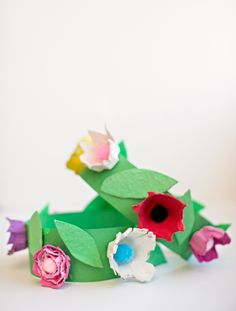 DIY EGG CARTON FLOWER CROWN