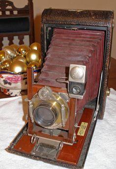 Kodak  4A folding camera.  love folding cameras