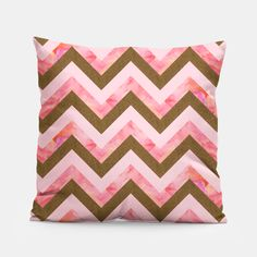 Gold and pink Pillow by Vitor7costa 14.95€