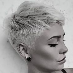 # h # s # pixie # haircut # kurz # blond # blondehair # blon . # h # s # pixie # haircut # kurz # blond # blondehair # blon . Short Blonde Pixie, Short Blonde Haircuts, Haircut Short, Best Pixie Cuts, Short Hair Cuts, Short Hair Styles, Pixie Cut Color, Maria Theresia, Great Haircuts