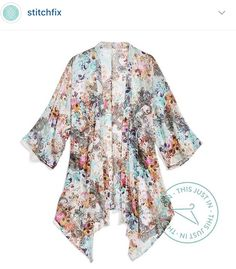Stitch Fix stylist: I'm not sure about kimonos bc of my large chest, but I love this pattern and I'm so curious if they would look good on me! Style Me, Cool Style, Fasion, Fashion Outfits, Kimono Fashion, Fashion Ideas, Fashion Trends, St Just, Fix Clothing