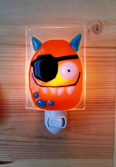 Hand made night light, by VeilleSurToi sur Etsy, $38.00