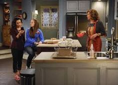 I love the floor plan of the house on Last Man Standing.