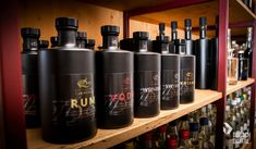 Etiketten Design von Dubach.digital Etiketten Design für Distillierie Zimmerli, Hallau, Schaffhausen, Schweiz #Etiketten #Packaging #Rum #Vodka #Whiskey  #Grafikdesign #Design #Kreativ #dubachdigital #Swiss #DistillerieZimmerli