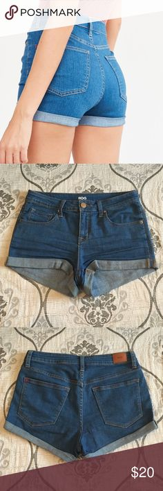 BDG Rolled Cuff Denim Short Super comfy and stretchy jean shorts in great condition and extremely flattering! After I wore a couple times the cuff in the back like rolled down so I put fabric glue to make sure they stay like they looked originally Urban Outfitters Shorts Jean Shorts