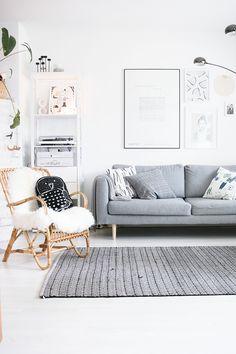 Hakola sofa.