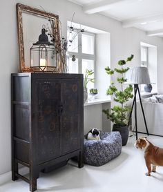 12 Best Scandinavian Interior Design Tips and Ideas Decoration Inspiration, Room Inspiration, Interior Inspiration, Inspiration Boards, Living Room Decor, Living Spaces, Gravity Home, Chinese Furniture, Creation Deco