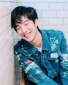 Thanatsaran Samthonglai (my tee) Most Handsome Men, Handsome Boys, Ulzzang Kids, Cute Asian Guys, Cute Gay Couples, Thai Drama, Cute Actors, Celebs, Celebrities