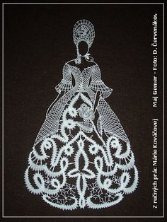Bobbin Lace Patterns, Crochet Patterns, Bobbin Lacemaking, Macrame Design, Lace Heart, Parchment Craft, Lace Jewelry, Crochet Diagram, Card Patterns