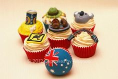 Australia themed cupcakes All edible, hand cut/modelled and painted, Fosters Can is hand modelled and painted with gold and silver detail, with printed edible fondant label, shell is moulded Australia Cake, Australia Crafts, Fondant Cupcakes, Yummy Cupcakes, Cakepops, 90th Birthday Cakes, Birthday Board, Cupcake Wars, Cupcake Toppers