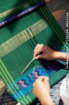 backstrap weaving - pickup