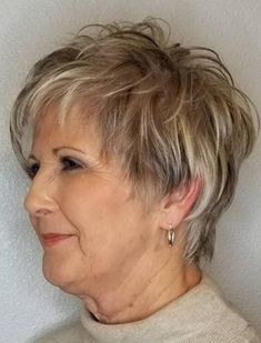 Simple and Stylish Tricks: Shaggy Haircuts Shag Hairstyles older women hairstyles half up.Women Afro Hairstyles Street Styles women hairstyles over 50 posts. Shaggy Short Hair, Short Shag Hairstyles, Haircuts For Fine Hair, Hairstyles Over 50, Short Hairstyles For Women, Messy Hairstyles, Pixie Haircuts, Latest Hairstyles, Wedding Hairstyles