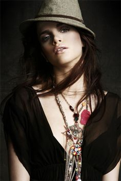 Turkish Actress & Model - Tuğçe Kazaz