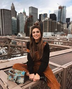 likes, 489 comments - Negin Mirsalehi ( on . - Carola - likes, 489 comments – Negin Mirsalehi ( on … – - New York Outfits, New York Pictures, New York Photos, Mode Outfits, Fashion Outfits, Fashion Hair, 90s Fashion, Street Fashion, Fashion Women