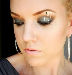 The Beautiful Life Of The Girl Next Door: A rusty look! And a pretty look using the Naked palette!