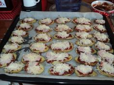 Pečené zemiaky trochu inak (fotorecept) - obrázok 6 Ale, Muffin, Food And Drink, Pizza, Cooking, Breakfast, Kitchen, Morning Coffee, Ale Beer