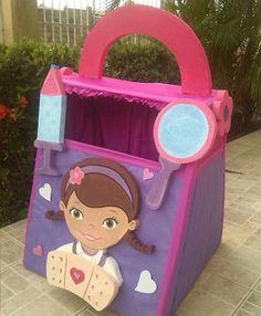 Caja de regalos dra juguetes