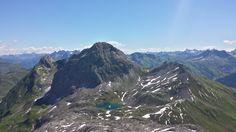 Der Butzensee auf dem Weg zur Göppinger Hütte! #wandern #hikinginthemountains #mountainlife #butzensee Mount Everest, Mountains, Nature, Travel, Hiking, Summer, Naturaleza, Viajes, Destinations