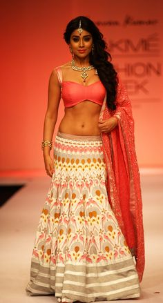 Shriya Saran for Shravan Kumar