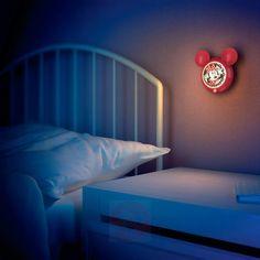 Veilleuse LED Minnie Mouse en forme de tête de Micket avec détecteur de mouvement | Luminaire.fr Disney, Lighting, Home Decor, Nursery, Child Room, Head Shapes, Motion Detector, Minnie Mouse, Night Light