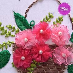 Diy Embroidery Patterns, Ribbon Embroidery Tutorial, Hand Embroidery Videos, Embroidery Flowers Pattern, Creative Embroidery, Types Of Embroidery, Crochet Flower Patterns, Hand Embroidery Stitches, Silk Ribbon Embroidery