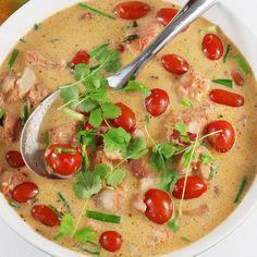 Filet z mintaja Rigatoni, Thai Red Curry, Hot Dogs, Nom Nom, Ethnic Recipes, Food, Essen, Meals, Yemek