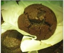 Recipe Super Moist Chocolate Cupcakes by gemma kilgour, learn to make this recipe easily in your kitchen machine and discover other Thermomix recipes in Baking - sweet. Thermomix Cupcakes, Thermomix Desserts, Yummy Cupcakes, Chocolate Muffins, Chocolate Cupcakes, Sweet Recipes, Cake Recipes, Bellini Recipe, Small Cake