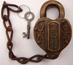 Pe Railroad Brass Padlock Keys | ... .COM - Louisvill And Nashville Railroad Brass Lock Fancey Cast