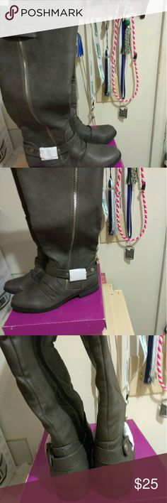 New Gray Riding Boots Never worn Gray IVERLEE riding boots Rampage Shoes Winter & Rain Boots