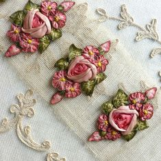 silk ribbon embroidery for beginners Embroidery Patterns Free, Embroidery For Beginners, Embroidery Kits, Embroidery Stitches, Embroidery Designs, Embroidery Supplies, Embroidery Techniques, Ribbon Art, Ribbon Crafts