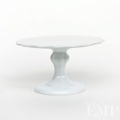 I am a whore for cake stands.