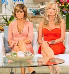 Lisa Rinna and Eileen Davidson Eileen Davidson, Lisa Vanderpump, Lisa Rinna, Housewives Of Beverly Hills, Medium Short Hair, Denise Richards, Bold And The Beautiful, Real Housewives, Reality Tv