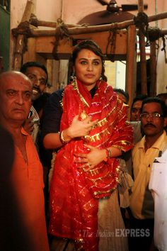 Rani Mukerji in Kolkata to offer prayers at the Kalighat temple and to promote Mardaani. #Bollywood #Fashion #Style #Beauty
