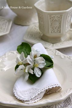 -Aiken House & Gardens: A White Garden Tea