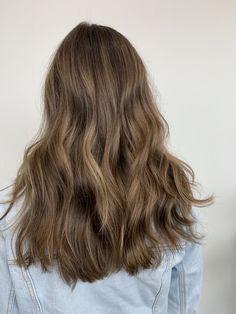 Brown Hair Balayage, Brown Blonde Hair, Hair Highlights, Gorgeous Hair Color, Light Hair, Hair Inspiration, Hair Inspo, Pretty Hairstyles, Hair Looks