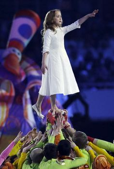 "Sochi Olympics opening ceremony: ""Welcome to the center of the universe!"" - CBS News"