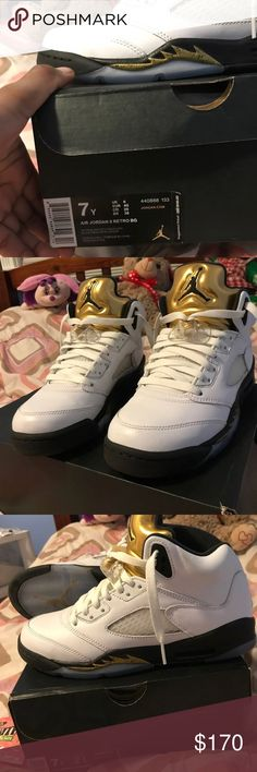 """Air Jordan 5 retro bg """"Olympic Gold"""" Gold tongue 5's I just bought these  today and wore them to the mall. Minimal creasing. BRAND NEW."""