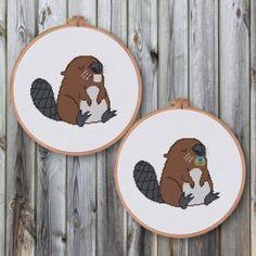 Funny & Cute - Ritacuna Baby Cross Stitch Kits, Funny Cross Stitch Patterns, Cute Cross Stitch, Cross Stitch Designs, Cross Stitch Embroidery, Embroidery Patterns, Elephant Cross Stitch, Cross Stitch Animals, Baby Beaver