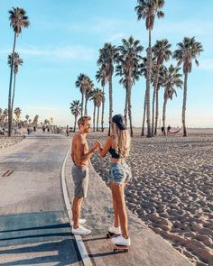 beach Ideas for Summer Vibes Beach Pi - Couple Beach Pictures, Summer Pictures, Boyfriend Goals Relationships, Cute Relationship Goals, Marriage Goals, Life Goals, Cute Couples Goals, Couple Goals, Couple Tumblr