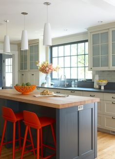 https://www.houzz.com/photo/5484134-santa-monica-beach-house-beach-style-kitchen