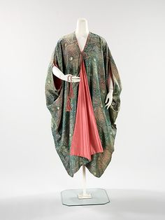 Liberty of London. Coat, Evening, 1910–15.Textile by Arthur Silver. British. The Metropolitan Museum of Art, New York. Brooklyn Museum Costume Collection at The Metropolitan Museum of Art, Gift of the Brooklyn Museum, 2009; Gift of Jane Mead von Salis Funtanella, 1984 (2009.300.551) #peacock
