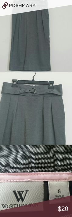 *NWT*  Gray high-waisted pencil skirt. This pencil skirt is size 8 and perfect for a professional setting. Zipper and hook in the back. Skirt length is 29 inches.  New with tags. Worthington Skirts Pencil