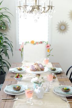 styling an easter table M Loves M