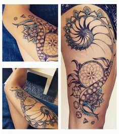 Mandala Tattoo Sexy Frauen