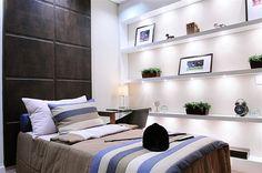Decoração de Interiores, apto de  123m² em Alphaville, SP  Painel de couro no quarto masculino