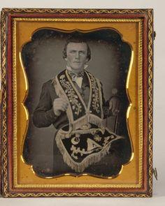 (c. 1840s-50s) Odd Fellow Masonic Art, Odd Fellows, Daguerreotype, Freemason, Illuminati, Vintage Pictures, Egyptian, Victorian, Shapes