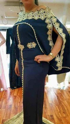 Mexican Fashion, Ethnic Fashion, Womens Fashion, African Wear, African Dress, Fashion Poses, Fashion Dresses, Ethnic Trends, Velvet Dress Designs