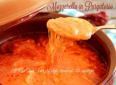 Mozzarella in purgatorio ricetta mozzarella al sugo Mozzarella, Appetizer Dips, Queso, Allrecipes, Macaroni And Cheese, Pudding, Chicken, Meat, Cooking